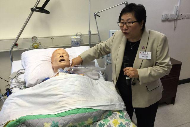 車院長指氣管造口護理屬高危程序。