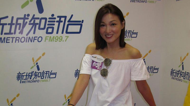 李蕙敏推幸福情歌。