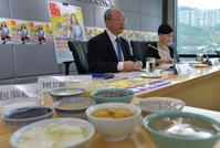 消委會測試發現楊枝甘露的平均糖含量最高。郭顯熙攝