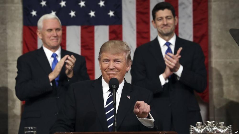 特朗普發表他上任後的第一場國會演講。