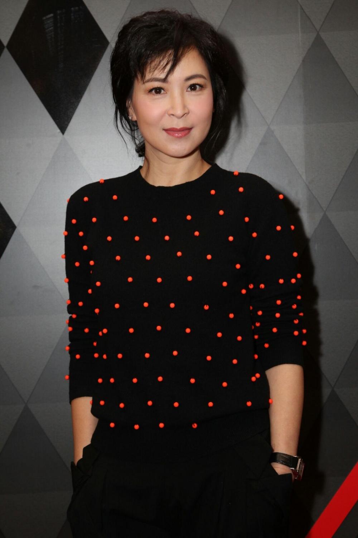蘇玉華在舞台劇中,飾演寫情色小說的女作家。