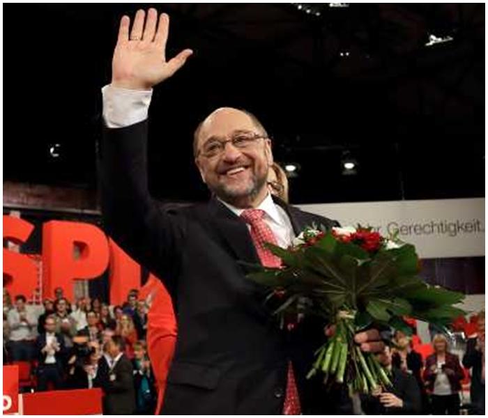舒爾茨有機會在大選中擊敗爭取再度連任的默克爾。AP圖片