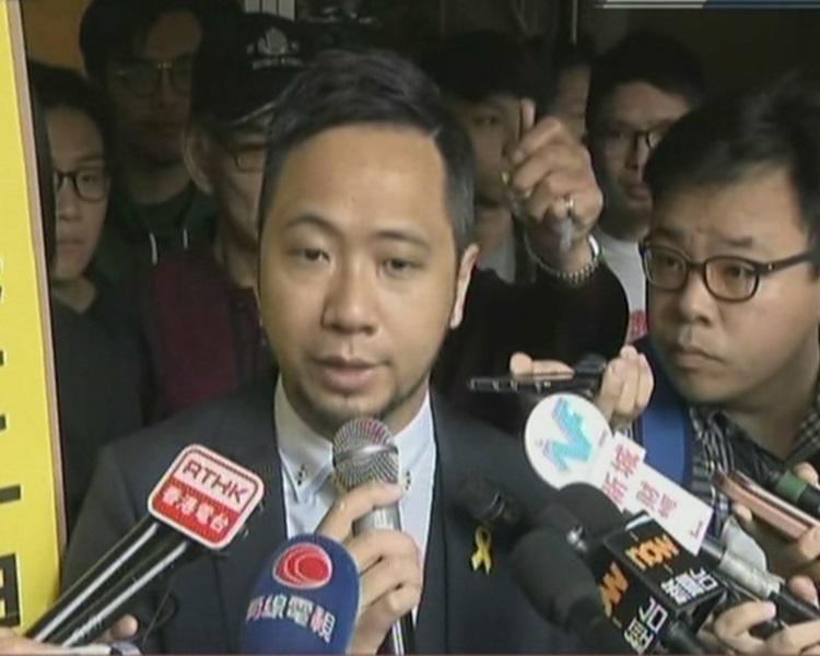 曾健超指放棄上訴因七警已定罪。