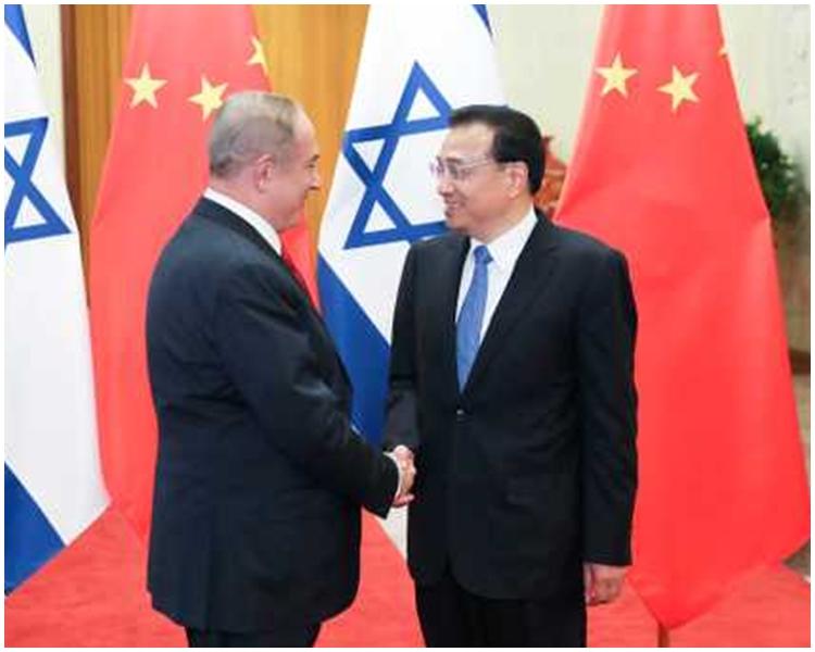 李克強促請雙方加快進行自由貿易談判。新華社圖片