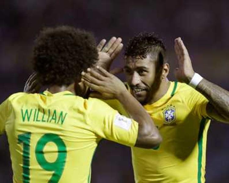 巴西作客大炒烏拉圭4:1。AP