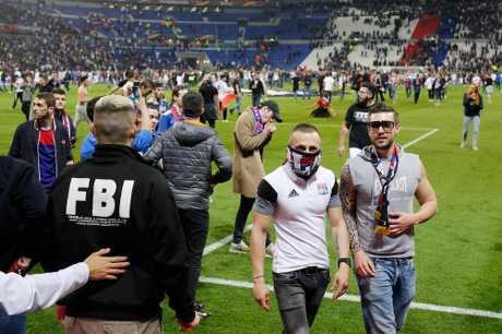 里昂對比錫達斯一役開始前,發生球迷衝突。AP