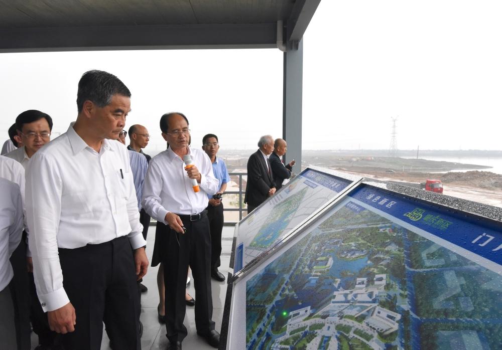 梁振英指5月底向發改委提交大灣區規劃意見。