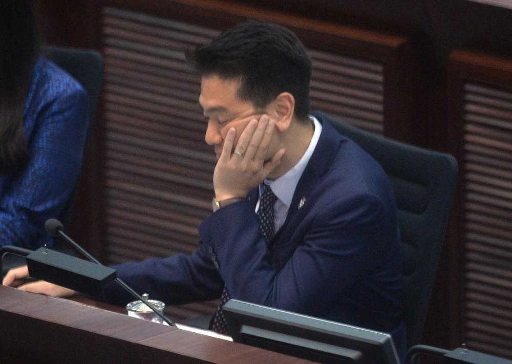 立法會議員毛孟靜對周浩鼎提出的譴責動議,獲秘書處接納。何量鈞攝
