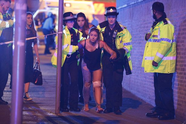 恐袭造成多人伤亡。