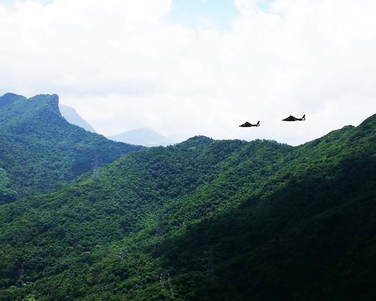 解放軍駐港部隊維港海空巡邏。國防部網圖片