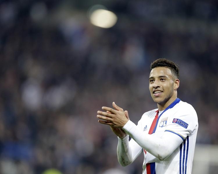 拜仁慕尼黑約4.2億港元簽入里昂中場哥倫天杜利素。AP