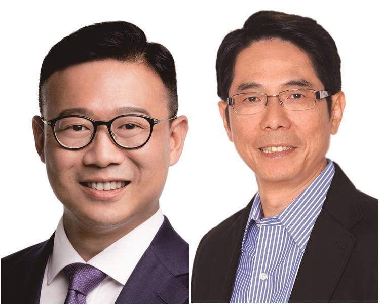 黃國健(右)形容入行會是與鄭耀棠交接工作。左為張國鈞。