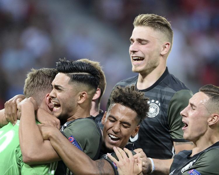 德國決賽將與西班牙爭霸。AP