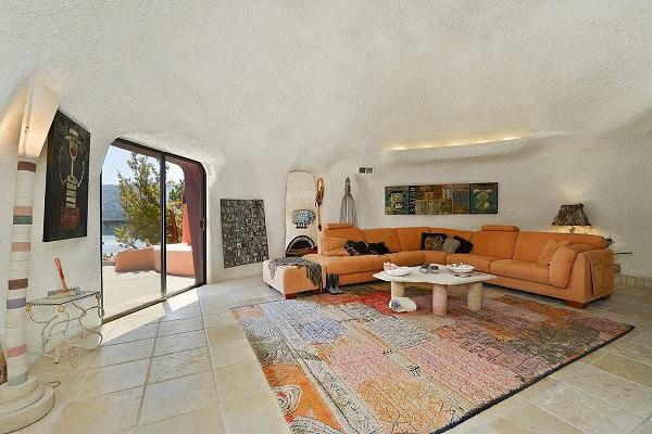 位于三藩市的「哈比人屋」以280万美元(约2182万港元)成交。