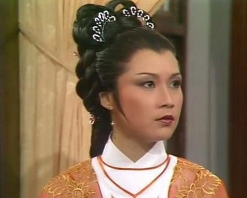 歐陽佩珊演中年黃蓉令觀眾印象深刻。