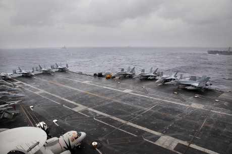 美國海軍核子動力航空母艦「尼米茲號」。AP