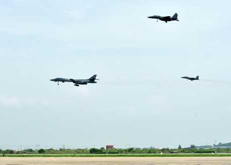 朝鲜半岛局势紧张。