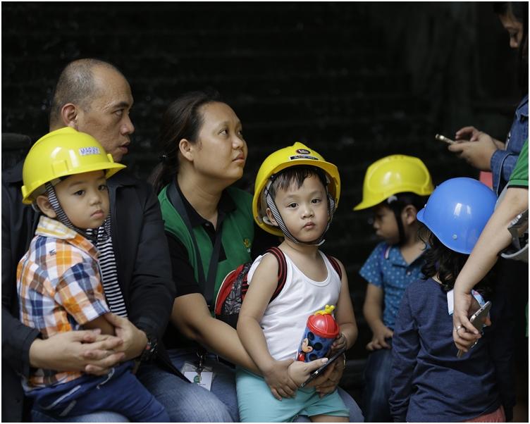 地震暫未有傷亡及損毀報告。AP