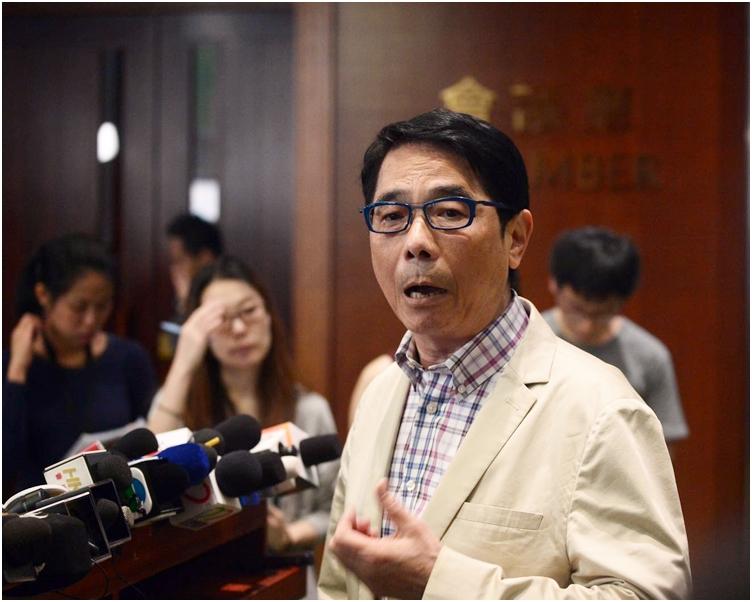 黃國健指,就取消強積金對沖,當局仍處於概念原則階段,擔心市民未必明白。