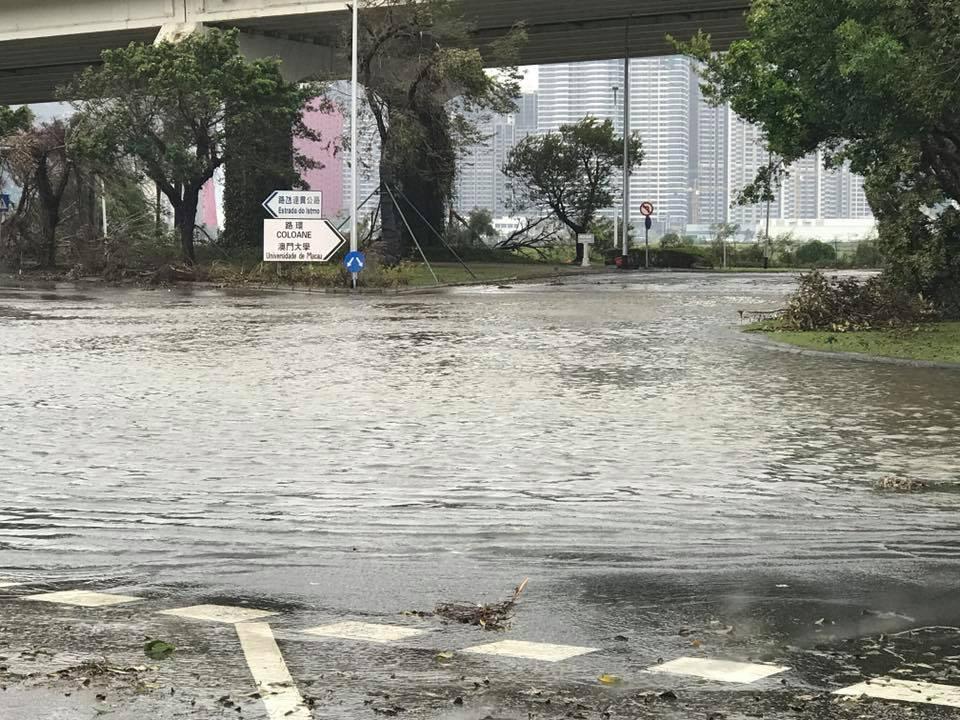 金都往路環方向水浸。澳門網民Denise Lai