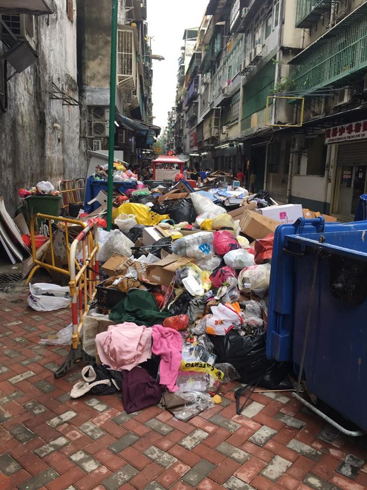 澳門再次出現垃圾堆積。網民Michelle Lou圖片