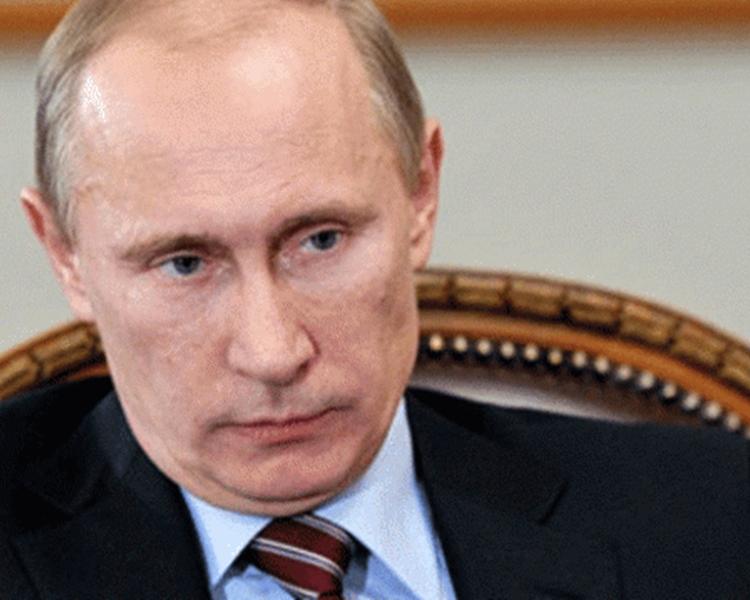 外界關注現任總統普京會否參選。