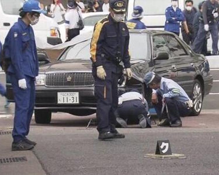 警方封鎖現場調查。NHK