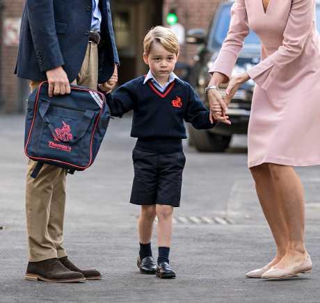 喬治小王子本月7日於該校就讀。AP