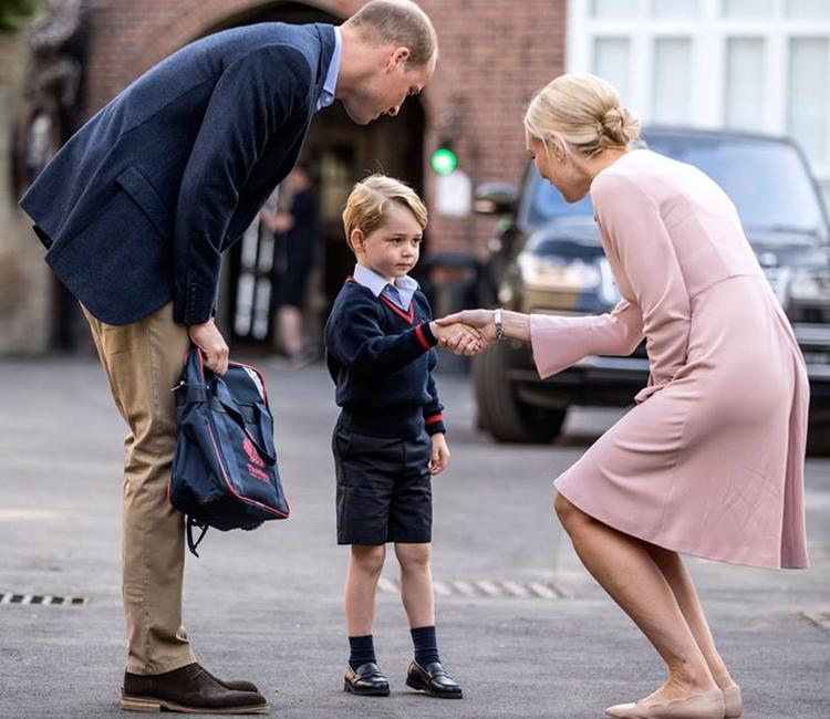 喬治小王子本月7日於該校就讀。Royal Family fb