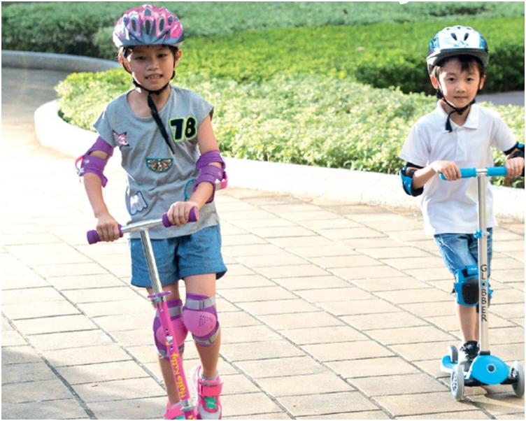 兒童滑板車堪稱兒童恩物,幾乎一人一架。