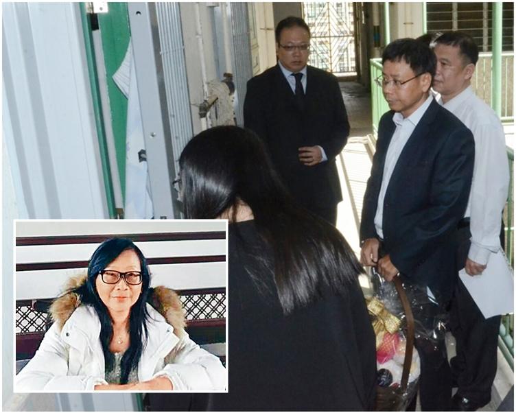 鍾澤文帶同果籃到愛民邨探望謝鳳英(小圖)家人。