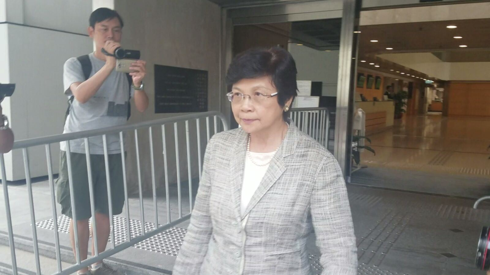 時任商務及經濟發展局局長劉吳惠蘭