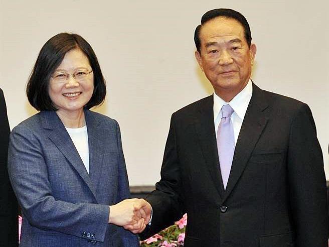 蔡英文宣布宋楚瑜再任APEC特使。