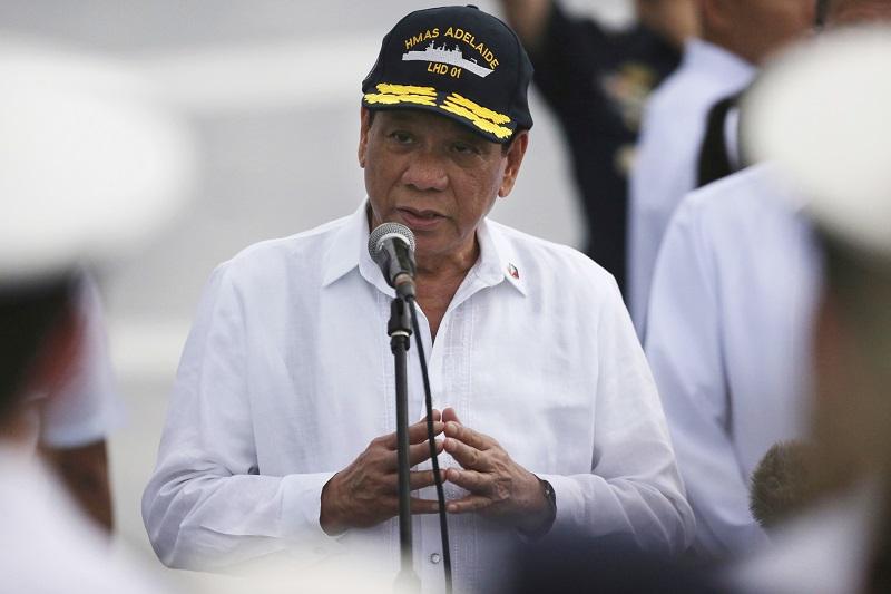 杜特爾特簽署備忘錄,明確指定菲國緝毒署為掃毒行動唯一的領導機關。AP