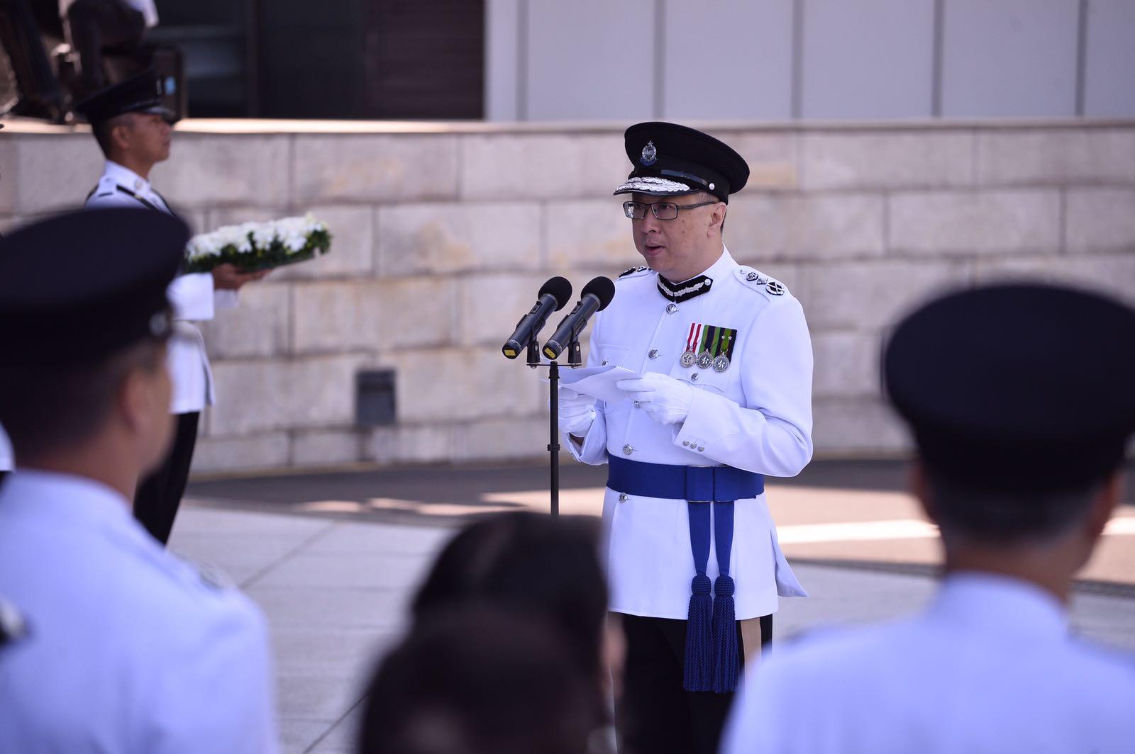 盧偉聰表示向殉職的人員致以最崇高的敬意。