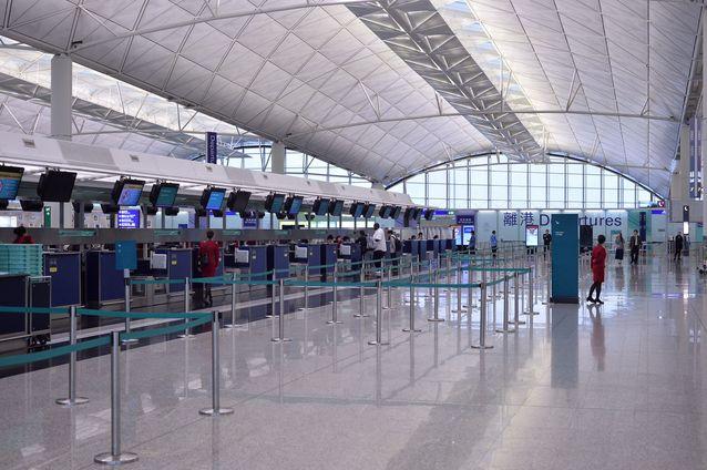 機場發生懷疑機場保安公司職員疑監守自盜事件。