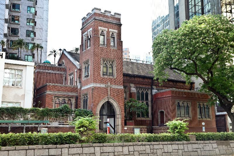 九龍佑寧堂曾被日軍改作馬廄。政府新聞處