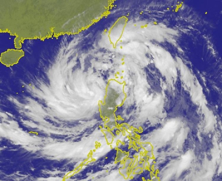 吳德榮指共伴效應降雨更易致災。中央氣象局圖片