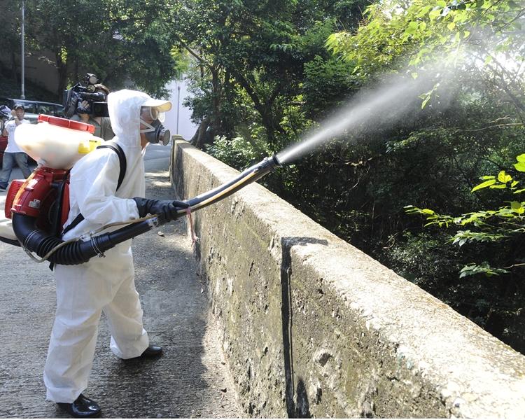 當局會繼續防蚊控蚊,為減低感染蚊傳疾病的風險。資料圖片