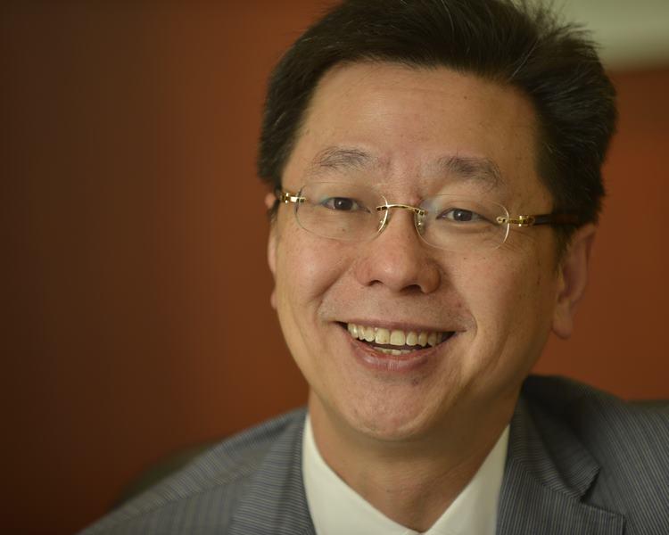 劉振江認為,增批土地作碼頭延伸部分的做法正確。