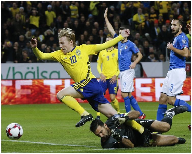 首回合賽事,瑞典主場以1:0擊敗意大利。