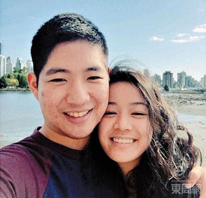 廿二歲的區令山已封盤,男友Andrew是她的初戀情人。