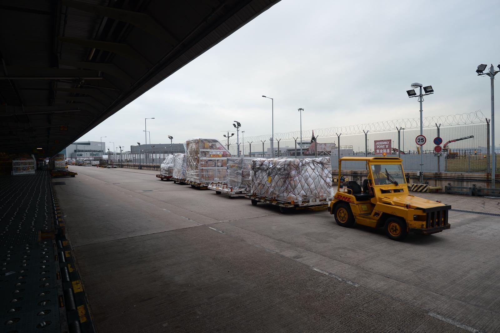 擴建後每小時處理貨量可增加近七成至12.5萬件,每年總運貨量可升五成至106萬噸。