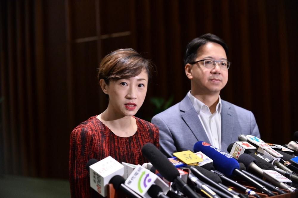 左起:陳淑莊、莫乃光。