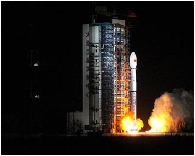 今晨2時35分,在太原衛星發射中心用長征四號丙運載火箭,成功將「風雲三號D」氣象衛星發射升空,衛星順利進入預定軌道。新華社