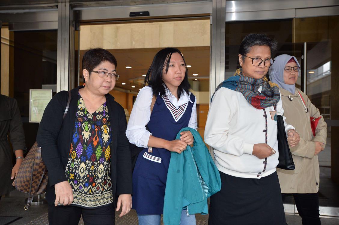 Erwiana(中)今日到庭作證。