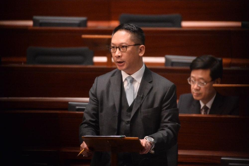 袁國強表示一地兩檢無諮詢不代表漠視民意。