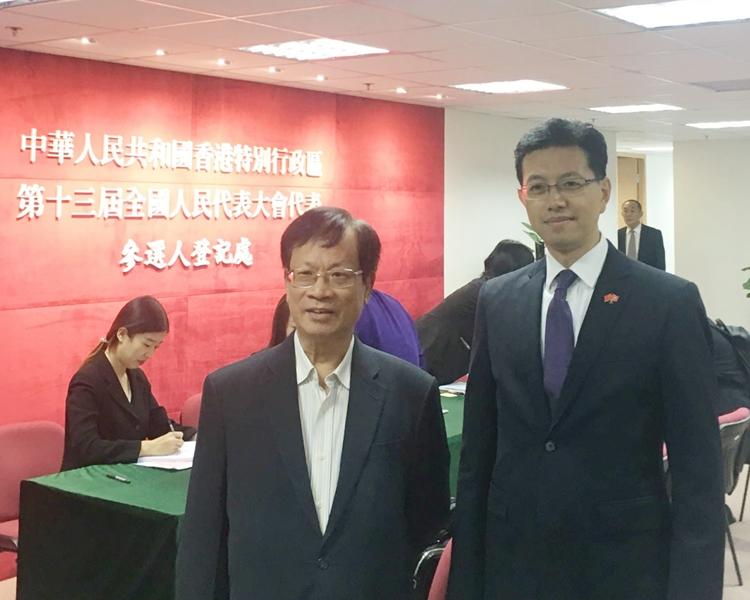 鄭耀棠(左)和吳秋北競逐連任人大代表。