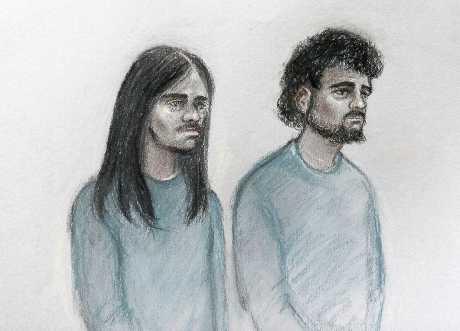 (左起)拉曼和伊姆蘭一起出庭。AP
