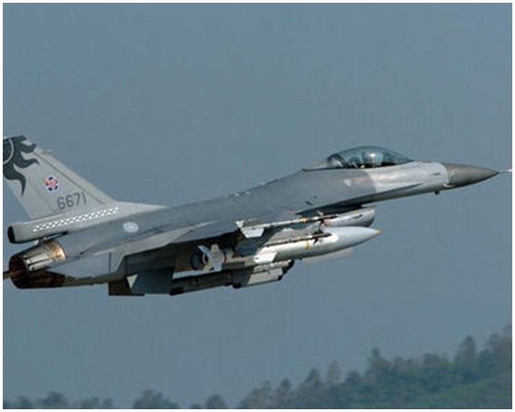 台灣F16戰機。網圖